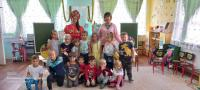 Игровая программа под названием «Яблочный спас»в группе «Ромашки».     В детском саду,в группе «Ромашки» проведена игровая программа посвященная   - Яблочному спасу.  Дети познакомились с праздником , соревновались в знании пословиц , загадок. А инте